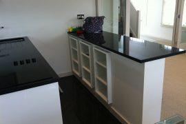 Compact kitchen in Pimlico